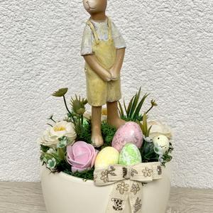 Szuper elegáns húsvéti nyuszi - asztaldísz, dekoráció, Otthon & lakás, Lakberendezés, Dekoráció, Asztaldísz, Kaspó, virágtartó, váza, korsó, cserép, Ünnepi dekoráció, Húsvéti díszek, Virágkötés, Egyedi, kézzel készített asztaldísz cuki nyuszival, húsvéti tojásokkal és selyemvirágokkal.\nMinőségi..., Meska
