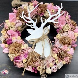 Téli, karácsonyi kicsit vintage - ajtódísz, kopogtató, dekoráció, Otthon & Lakás, Karácsony & Mikulás, Karácsonyi kopogtató, Virágkötés, Egyedi, kézzel készített kopogtató termésekkel és szarvassal. A szarvas nyakában kis csengők lógnak...., Meska