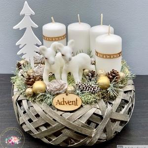 Kis őzikék karácsonya adventi koszorú - dekoráció, Otthon & Lakás, Karácsony & Mikulás, Adventi koszorú, Virágkötés, Egyedi, kézzel készített adventi dísz termésekkel, karácsonyi gömböcskékkel, fenyővel és cuki őzikék..., Meska