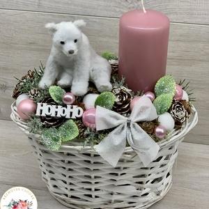 Pihe-puha jegesmacis egy gyertyás adventi dísz - dekoráció, Otthon & Lakás, Karácsony & Mikulás, Karácsonyi dekoráció, Virágkötés, Egyedi, kézzel készített adventi dísz termésekkel, karácsonyi gömböcskékkel, fenyőággal és cuki jege..., Meska