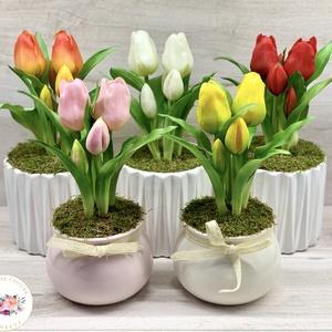 Élethű, kerámia kaspós tulipán - asztaldísz, dekoráció, Otthon & Lakás, Dekoráció, Asztaldísz, Virágkötés, Élethű, real-touch tulipánnal készült kerámia kaspós asztaldísz. 5 szál van a kaspóban.\nMéretei: \n- ..., Meska