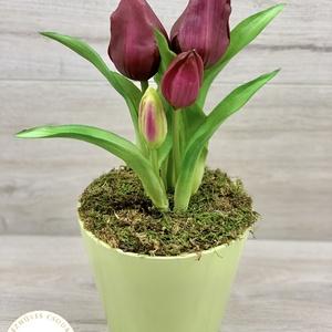Élethű, cserepes tulipán, 5 szál - asztaldísz, dekoráció, Otthon & Lakás, Dekoráció, Asztaldísz, Virágkötés, Élethű, real-touch tulipánnal készült kerámia kaspós asztaldísz. 5 szál van a kaspóban.\nMéretei: 27x..., Meska