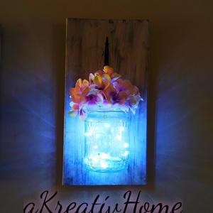 Hortenzia fali dekoráció kicsi, Csokor & Virágdísz, Dekoráció, Otthon & Lakás, Festett tárgyak, Fenyőfából készült akril festékkel festett és koptatott 30 cm magas lapon egy üvegben hortenzia virá..., Meska