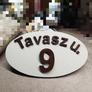 Házszám tábla ovális bézs-barna, Otthon & Lakás, Ház & Kert, Házszám, Festett tárgyak, 16*30 cm-es ovális 6 mm vastag fa rétegelt lemez tábla van vintage bézs(halvány szürkés) színre fest..., Meska