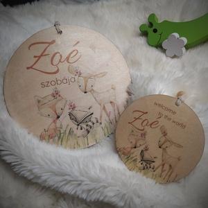 Baba köszöntő ajándék, gyerekszoba ajtó név tábla, dekoráció erdei állatok, Játék & Gyerek, Babalátogató ajándékcsomag, Decoupage, transzfer és szalvétatechnika, 9 cm-es natúr fa korong, névre szóló baba köszöntő ajándék. Kérhető 15 cm-es változatban is akkor gy..., Meska