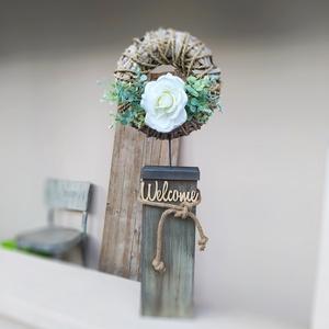 Vendégváró-hazaváró ajtó dekoráció álló, Otthon & Lakás, Ház & Kert, Kerti dísz, Festett tárgyak, Maradék gerenda fa alapból készült vendégváró-hazaváró álló dekoráció. Otthonra vagy akár egy üzlet ..., Meska