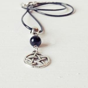 Pentagram amulett, Medálos nyaklánc, Nyaklánc, Ékszer, Ékszerkészítés, A pentagram, (5 ágú csillag) egy mágikus amulett, nagyon erős védelmet és hatalmat tulajdonítanak ne..., Meska