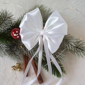 Karácsonyfára csíptetős szatén masni, fehér, Dekoráció, Otthon & lakás, Ünnepi dekoráció, Karácsony, Karácsonyfadísz, Mindenmás, Szaténból szalagból készültek ezek a dús kis masnik, amelyek tökéletesen illeszkednek a karácsonyi h..., Meska