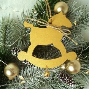 Hintapaci karácsonyi függő arany színben, Otthon & Lakás, Karácsony & Mikulás, Karácsonyfadísz, Mindenmás, Lézervágott fa hintapaci festettem arany színűre és díszítettem arany zsinórral és arany színű cseng..., Meska