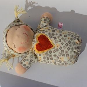 Waldorf alvó bébi- sárga (Aledi) - Meska.hu