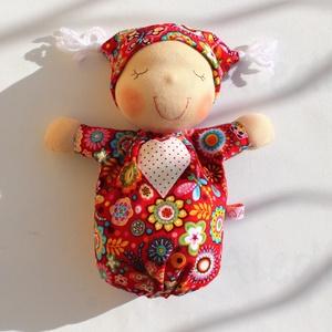 Alvó bébi Waldorf baba- piros (Aledi) - Meska.hu