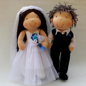 Párosan szép... RENDELHETŐ, Esküvő, Helyszíni dekor, Dekoráció, Több éve ismerősöknek készült az első menyasszony- vőlegény babám. Ők a lakodalmas ház bejáratát dís..., Meska