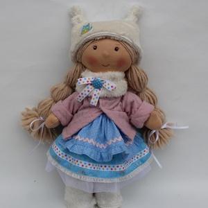 Téli baba, Játék & Gyerek, Baba & babaház, Baba-és bábkészítés, Varrás, Egyedi tervezésű textilbaba. Nagyobb lányoknak, felnőtteknek ajánlom. Ha kicsiknek való, könnyen ölt..., Meska