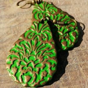 Zöld mintás fülbevaló, Ékszer, Lógó csepp fülbevaló, Fülbevaló, Gyurma, Ékszerkészítés, Meska