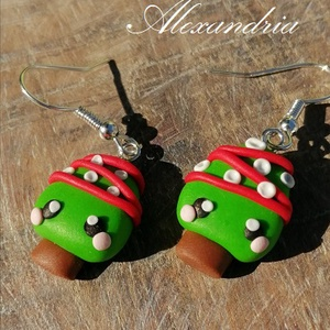 Mini karácsonyfa, Ékszer, Fülbevaló, Ékszernyumából szabad kézzel készítettem, gondosan díszítgettem ezeket a kawaii karácsonyfákat.  Jóp..., Meska
