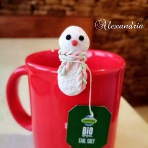 Hóember - Filter tartó, Karácsony & Mikulás, Ez a kedves hóember a hideg napokban segít abban, hogy ne essen a bögrédbe a teafilter. Süthető gyur..., Meska