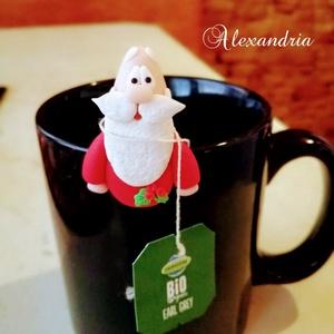 Mikulás filte rtartó, Karácsony & Mikulás, Egy igazán ünnepi kiegészítő, süthető gyurmából. Ez a kedves mikulás segít abban, hogy ne essen a bö..., Meska