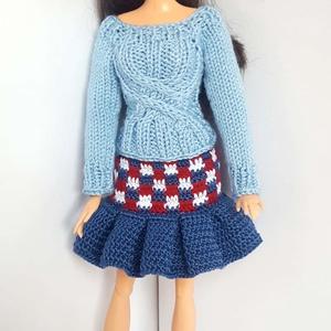 Barbie babaruha, Gyerek & játék, Játék, Baba, babaház, Kötés, Horgolás, Kézzel kötött együttes Barbie típusú 32 cm-es babára.\nA szett tartalma:\nvilágoskék, csavart mintás, ..., Meska