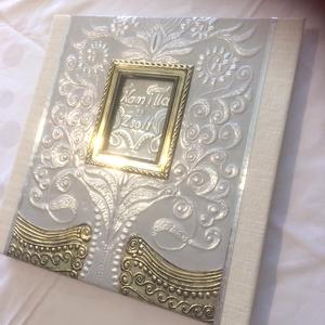 Esküvői fotóalbum domborított fém borítással, Esküvő, Emlék & Ajándék, Album & Fotóalbum, Fémmegmunkálás, A fotóalbum első borító oldalát domborított fémlappal fedtem. Életfát terveztem rá a házasulandók kö..., Meska