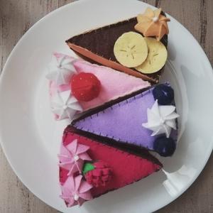 Filc tortaszeletek , Játék & Gyerek, Szerepjáték, Ínycsiklandó filc tortaszeletek 4 féle változatban.  Epertorta, málnatorta, áfonyatorta és egy karam..., Meska
