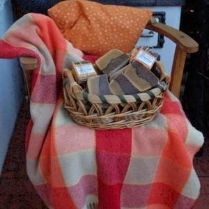Sütőtökös-fahéjas szappan zabbal (alomkucko) - Meska.hu
