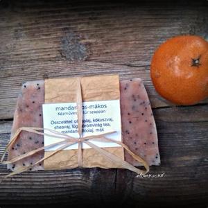 Mandarinos-mákos szappan sheavajjal (alomkucko) - Meska.hu