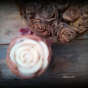 Rózsaszappan kecsketejjel és rózaszín agyaggal - virág formájú (alomkucko) - Meska.hu