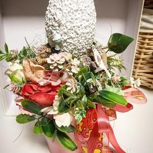 Húsvéti tojás az asztalon dekoráció, Otthon & Lakás, Dekoráció, Asztaldísz, Gyönyörű keramia tojas kaspoban, Meska