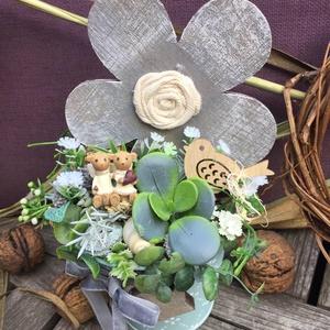 Asztaldísz favirággal, macipárral, Otthon & Lakás, Dekoráció, Asztaldísz, Fém vodorben, nagyobb fa virág a fotón látható kiegészítőkkel, Meska