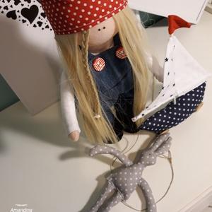 Lizzy a kis tengerész, Játék, Gyerek & játék, Plüssállat, rongyjáték, Baba, babaház, Varrás, Ezt a 30 cm magas édes babát speciális babatest anyagból készítettem, hosszú szőke babahajat varrtam..., Meska