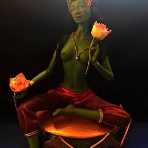 Zöld Tara szobor, Képzőművészet, Otthon & lakás, Szobor, Vegyes technika, Szobrászat, Ezt a szobrot egy drót vázra dolgoztam levegőn száradó modellező anyagból. Haja gyapjúból van. Teste..., Meska
