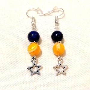 Csillagok, csillagok... - kaglyóhéj gyöngy - lapis lazuli ásványfülbevaló, féldrágakő ásvány fülbevaló, Ékszer, Fülbevaló, Ékszerkészítés, Gyöngyfűzés, gyöngyhímzés, Egyedi ásvány fülbevaló 8mm-es természetes kék lapis lazuli ásvány és sárga, festett kagylóhéj gyöng..., Meska
