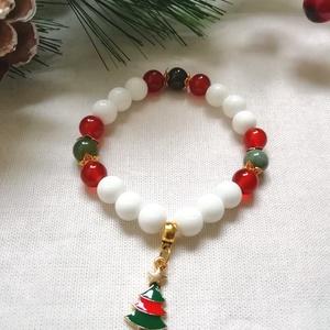 Karácsonyi ásvány karkötő - ásvány karkötő fehér tejkvarc, piros karneol, zöld indiai achát ásvány gyöngyökből - Meska.hu