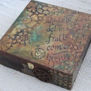 Mindenes doboz férfiaknak, Férfiaknak, Steampunk ajándékok, Legénylakás, Festett tárgyak, Mert a teremtés koronáinak is vannak mütyürjei, apró dolgai, feljegyzései. Ezekhez elengedhetetlen e..., Meska