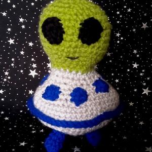 horgolt földönkívüli, UFO (AmigurumiGuru) - Meska.hu