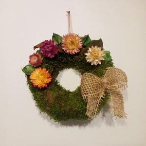 őszi mohakoszorú száraz virágokkal, termésekkel, temetődísz, sírdísz - Meska.hu