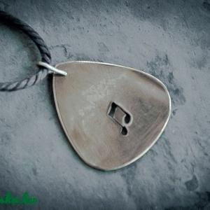 Hangjegy giitár pengető (amuletta) - Meska.hu