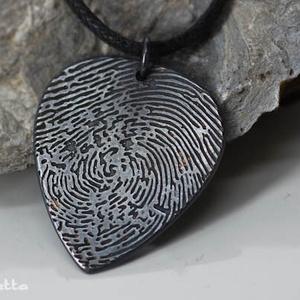 Ujjlenyomat az ékszerben - saját ujjlenyomatos medál (amuletta) - Meska.hu