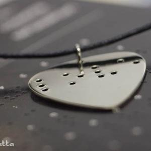 Braille nyaklánc LOVE  felirattal (amuletta) - Meska.hu