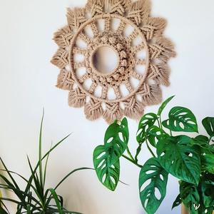 Mandala makramé, Otthon & Lakás, Dekoráció, Falra akasztható dekor, Csomózás, Újrahasznosított, sodrott makramé fonalból készült fali dísz.\nMérete: 45 cm\nSzíne: homok\nRendelhető ..., Meska