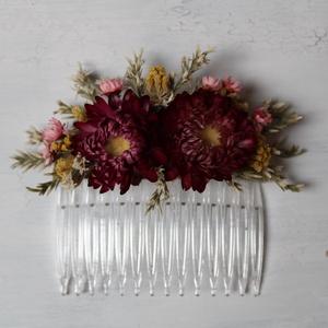 Hajdísz rózsaszín és fehér virágokkal, Esküvő, Hajdísz, Fésűs hajdísz, Virágkötés, Hajdísz menyasszonyoknak, koszorúslányoknak. Műanyag hajfésűre készült szárazvirágokból és termésekb..., Meska