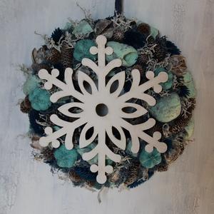 Hópelyhes téli ajtódísz kék-fehér színben (kis méret), Karácsony, Karácsonyi lakásdekoráció, Karácsonyi ajtódíszek, Virágkötés, Meska