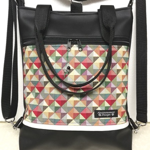 Színes háromszögek 4in1 női hátizsák divattáska oldaltáska , Táska & Tok, Variálható táska, Varrás, Fekete  textilbőrből és  100% pamutvászonból készítettem ezt az úgymond 4in1 táskát.\nA táska hordhat..., Meska