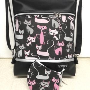 Cicák fekete alapon 3in1 női hátizsák oldaltáska + ajándék szájmaszk, Táska, Divat & Szépség, Táska, Válltáska, oldaltáska, Hátizsák, Varrás, Fekete textilbőrből és cicás pamutvászonból készítettem ezt az úgymond 3in1 táskát,\nmelyhez most ajá..., Meska