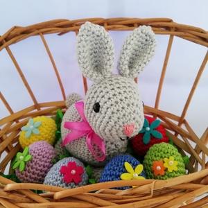 Húsvéti nyuszi+6 tojás, Otthon & Lakás, Dekoráció, Horgolás, A termék kézzel horgolva amigurumi technikával készült. Magasága:13 cm.\nAlapanyaga:100% pamut fonal ..., Meska