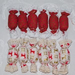szaloncukor karácsonyfadísz, Karácsony & Mikulás, Karácsonyfadísz, Varrás, Egyedi készítésű szaloncukrok várják szerető gazdájukat.\n\nA díszek pamutvászonból készültek, poliest..., Meska