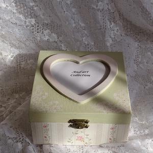Ékszertartó pasztellben.Valentin napra, szerelmeseknek... (Andartdecoration) - Meska.hu