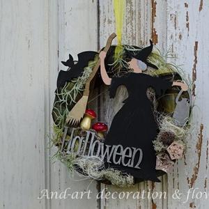 Halloweenre..Ajtódísz, dekoráció., Otthon & lakás, Lakberendezés, Ajtódísz, kopogtató,  Halloweenre készítettem ezt a kopogtatót, kézzel festett díszekkel, filcfigurákkal, egyéb kiegészít..., Meska