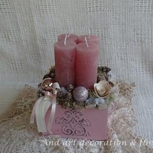 Advent rózsaszínben. Adventi box., Dekoráció, Otthon & lakás, Ünnepi dekoráció, Karácsony, Famegmunkálás, Virágkötés, Kisebb méretű dobozt készítettem, melyet 3d mintával és rózsaszínnel díszítettem.\nEbben a rózsaszín ..., Meska