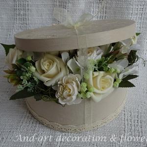 Elegáns virágdoboz a különleges alkalmakra...Esküvő, szülőköszöntő, anyák napja,születés., Esküvő, Emlék & Ajándék, Szülőköszöntő ajándék, Festett tárgyak, Virágkötés, Elegáns, egyedi, kézzel festett és 3 d mintával díszített dobozt készítettem az igazán különleges al..., Meska